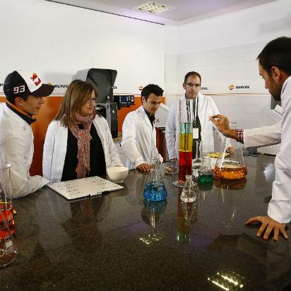 Márquez y Pedrosa desafían las leyes de la ciencia