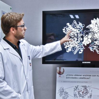 Bacterias y enzimas para el desarrollo de aplicaciones industriales