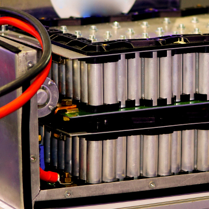 Baterías vs supercondensadores, ¿qué almacena más energía?